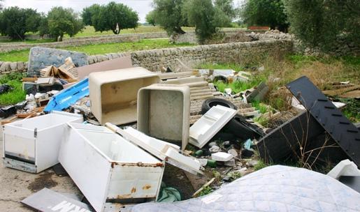 litter in Sicily