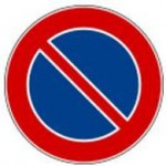Italy no parking sign