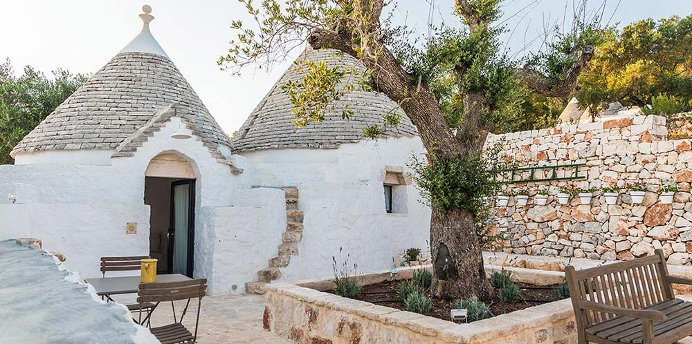 Small luxury hotel in a trullo in Puglia