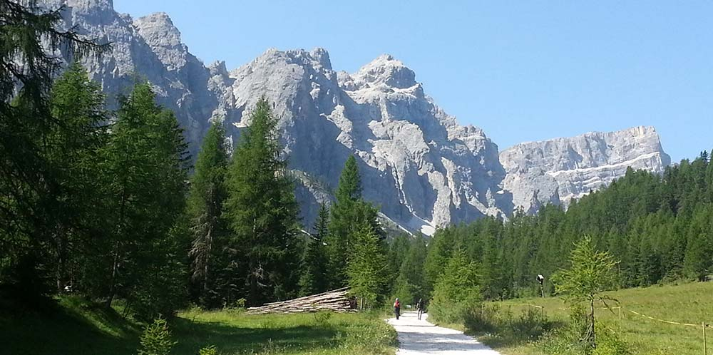 Dolomites Italy hiking trail